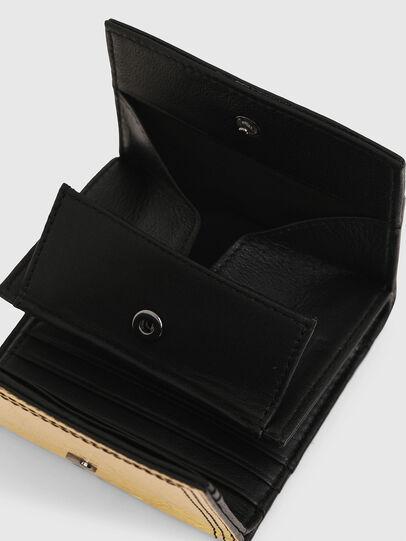 Diesel - LORETTA, Gold/Black - Bijoux and Gadgets - Image 5