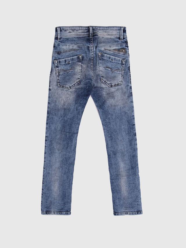 DARRON-R-J-N, Blue jeans