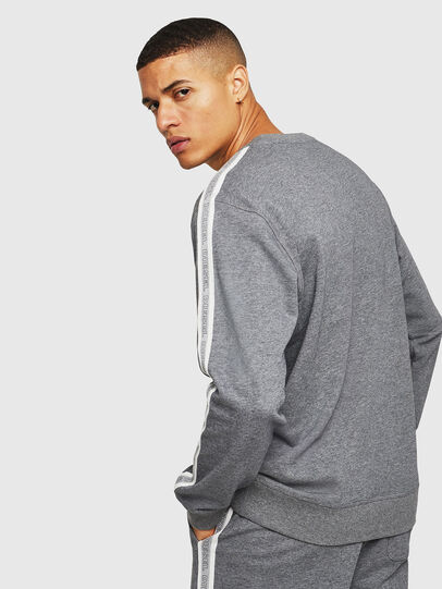 Diesel - UMLT-WILLY, Grey - Sweaters - Image 2