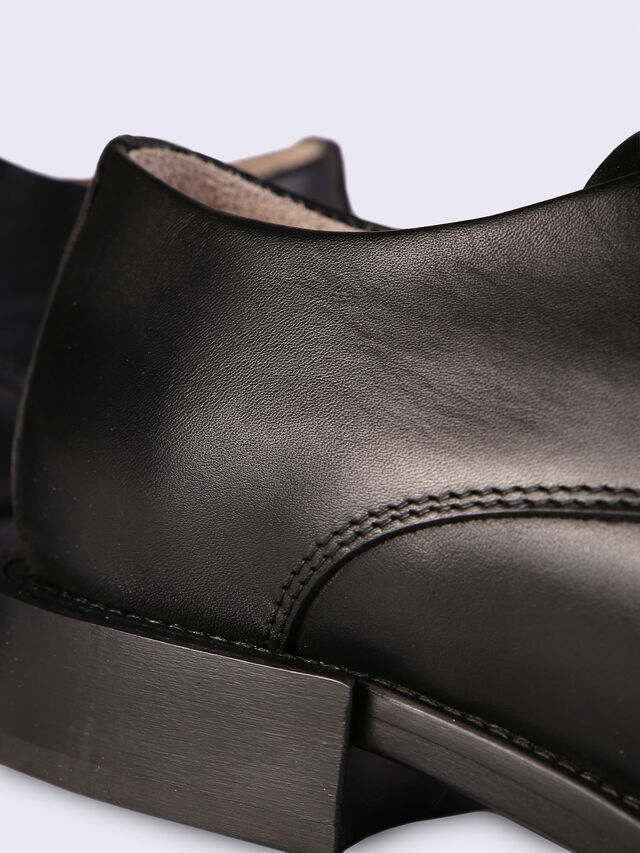 D-KOMB BOOT DB, Black