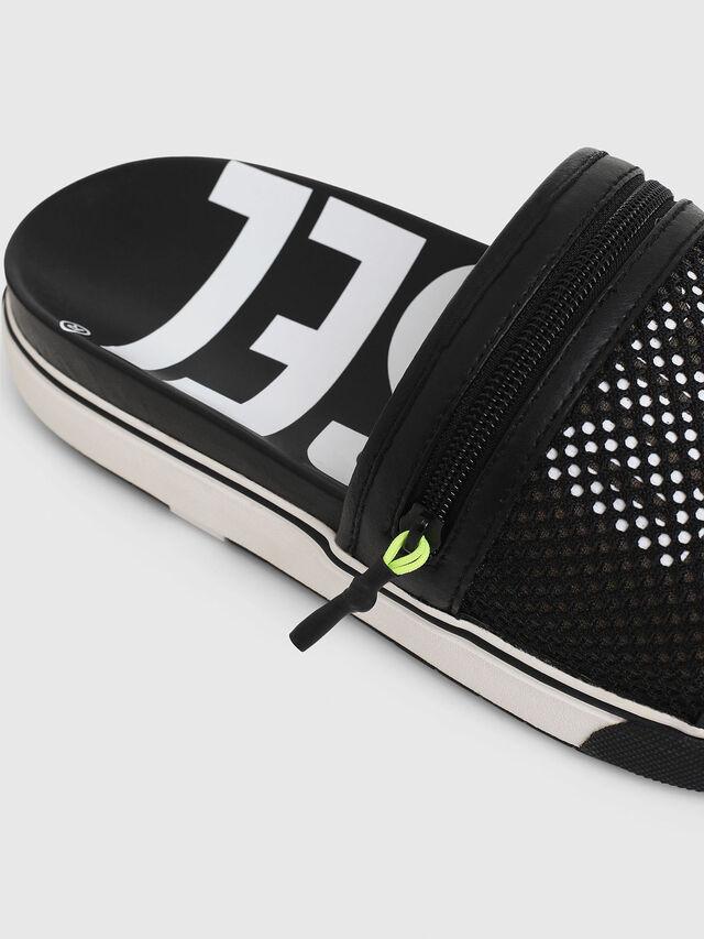 Diesel - SA-GRANDZ, Black - Slippers - Image 5