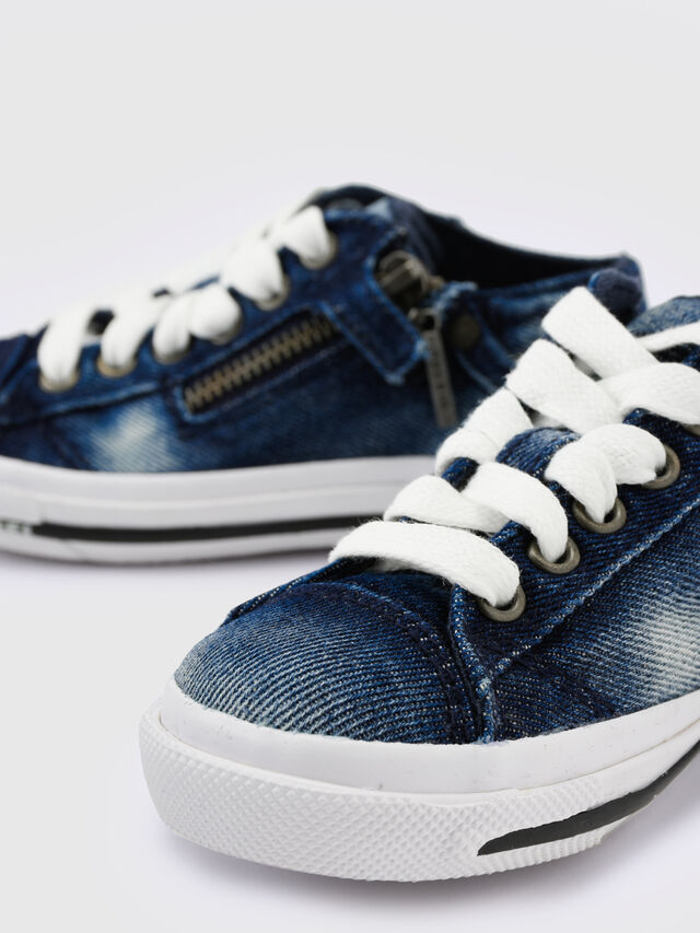 Diesel - SN LOW 25 DENIM EXPO, Blue Jeans - Footwear - Image 4