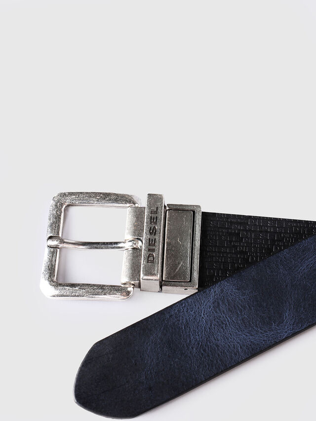 B-TWIN, Black-blue