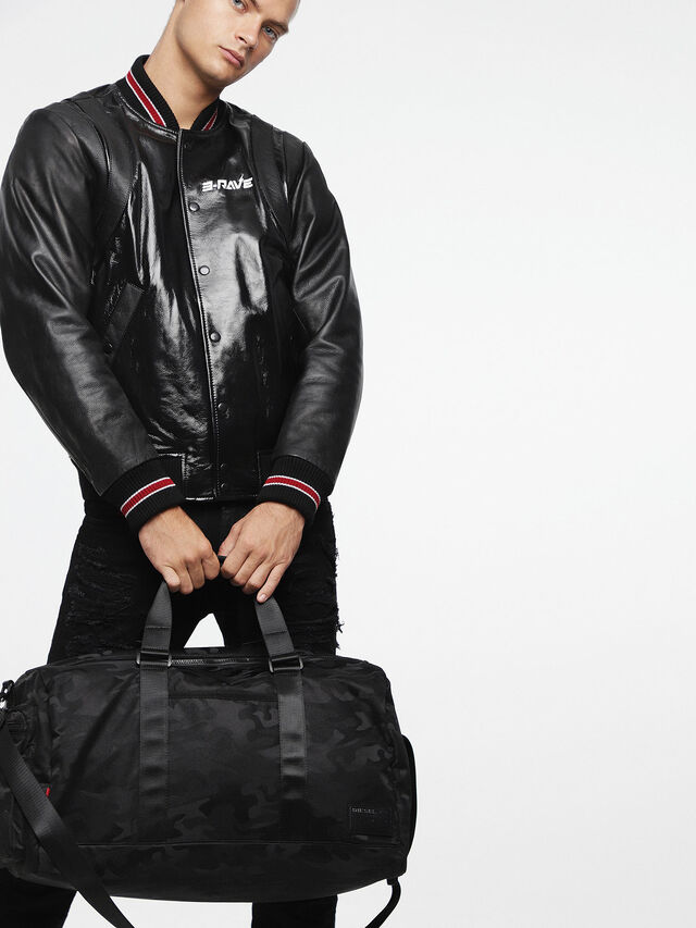 Diesel - F-DISCOVER DUFFLE, Black - Travel Bags - Image 6