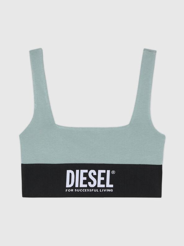 https://lt.diesel.com/dw/image/v2/BBLG_PRD/on/demandware.static/-/Sites-diesel-master-catalog/default/dwcdeba2e1/images/large/A01952_0DCAI_5BQ_O.jpg?sw=594&sh=792