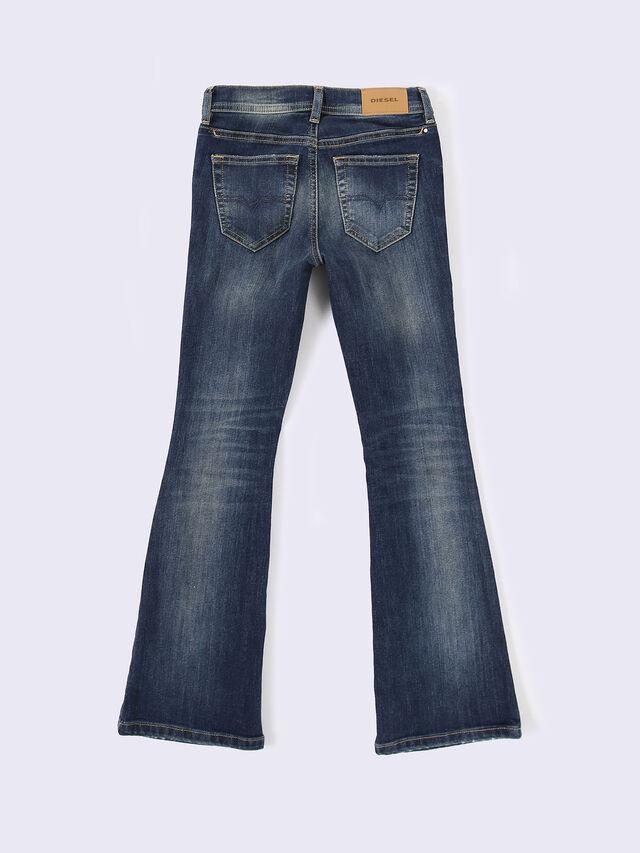 LOWLEEH-J-N, Blue Jeans