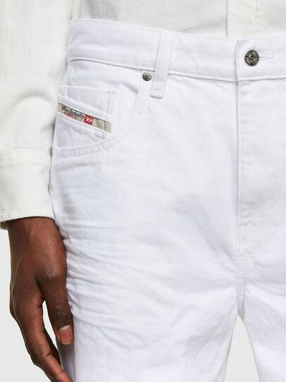 Diesel - D-STRUKT-SHORT, White - Shorts - Image 3